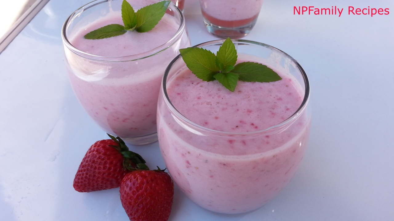 Strawberry Smoothie (Sinh Tố Dâu)