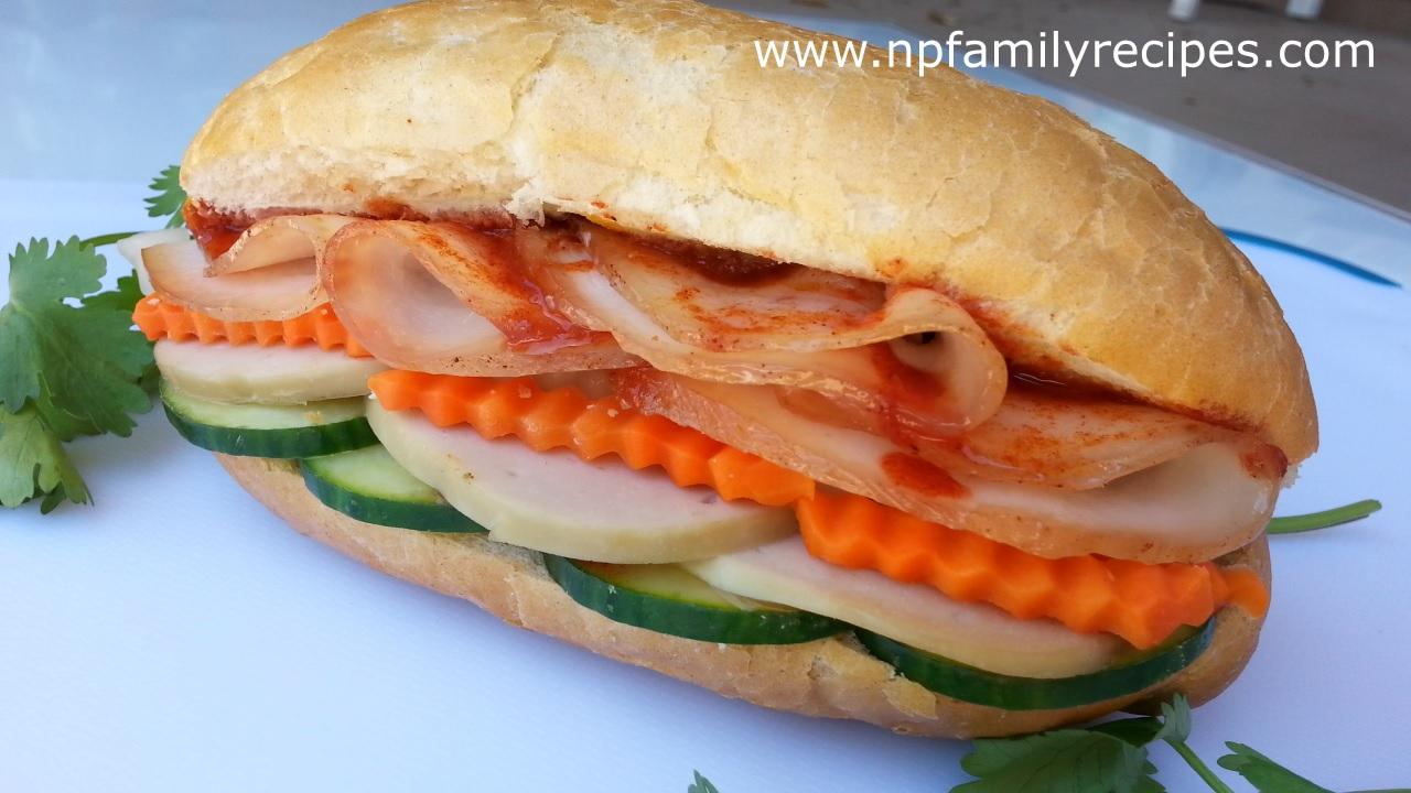 Vietnamese Sandwich (Bánh Mì Thịt Nguội)