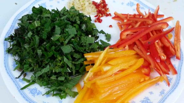 Vietnamese Pomelo Salad (Gỏi Bưởi)
