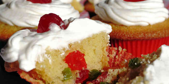Mixed Fruit Cupcake