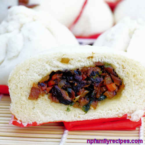 Vegetarian Steamed Bun (Bánh Bao Chay)
