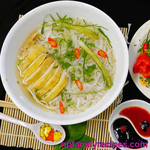 Vietnamese Chicken Noodle Soup Recipe (Phở Gà) - NPFamily Recipes