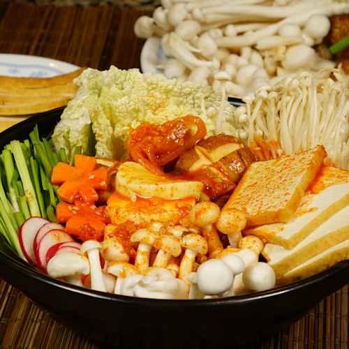 Vegan Kimchi Hot Pot